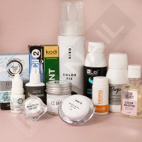 Materials for coloring eyebrows and eyelashes